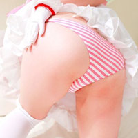 ロリ系や妹系の女子に履いてもらって、ずらしてハメたい縞パンツのエロ画像