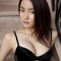 性格悪そうだけど不倫したくなる永池南津子のグラビア画像